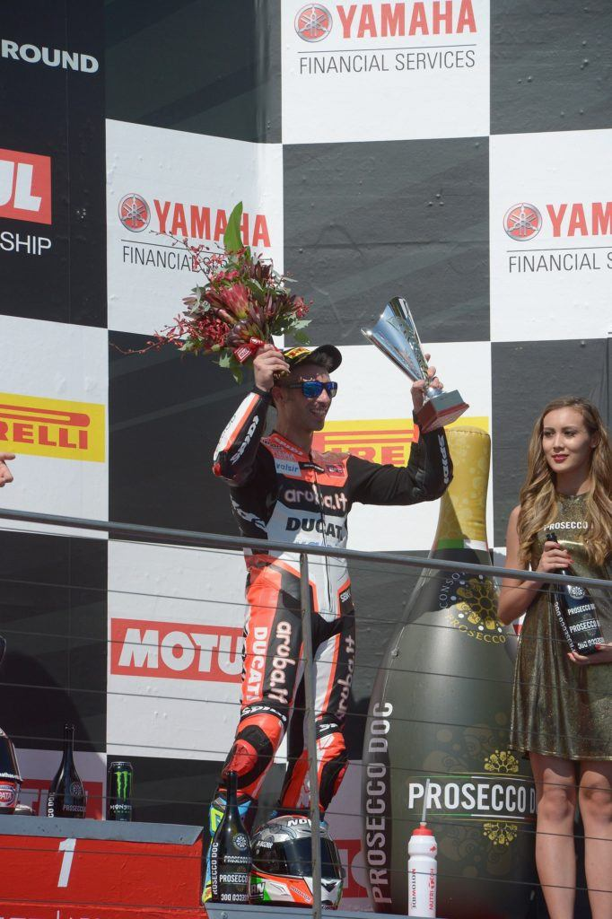 0903_R01_Melandri_podium